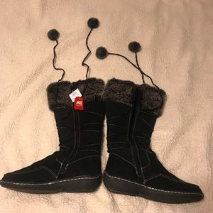 American Eagle Boots (Black) NWT